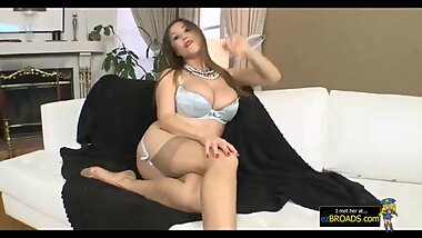 ezBROA?DS?.?com - Asian MILF Gives Sloppy Blowjob to CoWorker