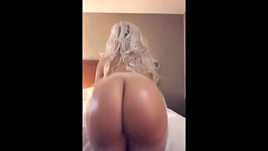 ass clapping babe Kristen Kindle